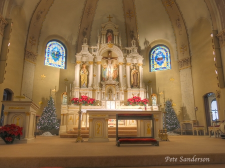 We attended a wedding mass at Sacred Heart Catholic Church in Polonia, Wisconsin.  I thought the worship space was so beautiful that I just had to post an image.